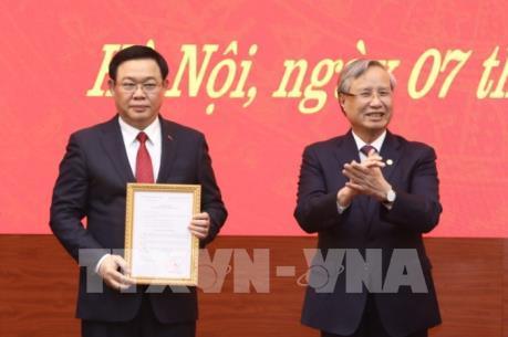 Đồng chí Vương Đình Huệ giữ chức Bí thư Thành ủy Hà Nội