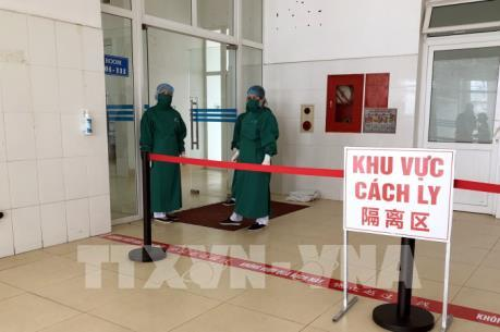 Cách ly người có nguy cơ lây nhiễm cao tại Tp. Hồ Chí Minh và Hải Phòng