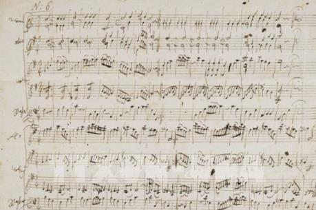 Kỷ lục đấu giá bản nhạc của thiên tài Mozart