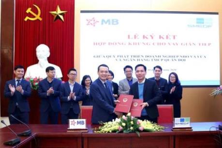 Ký kết hợp đồng khung cho vay gián tiếp giữa Quỹ SMEDF với Ngân hàng MB