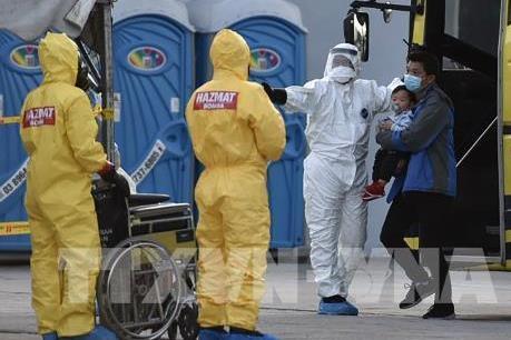 Malaysia chuẩn bị gói hỗ trợ đối phó với tác động kinh tế của dịch Corona