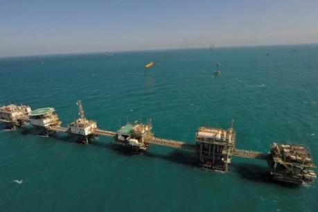Kuwait và Saudi Arabia sản xuất dầu trở lại ở Khu vực Trung lập