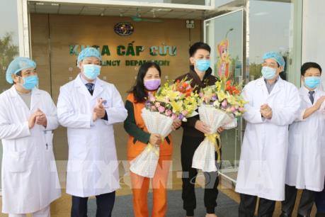 Dịch do virus Corona: Thêm 2 bệnh nhân ở Vĩnh Phúc được xuất viện