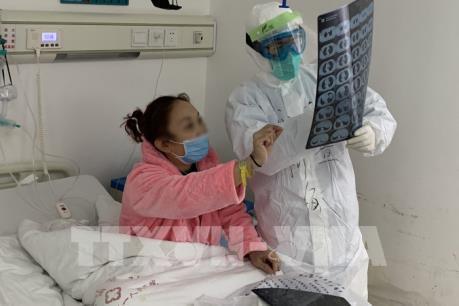 Dịch do COVID-19: Thêm 1.779 bệnh nhận tại Trung Quốc đại lục xuất viện