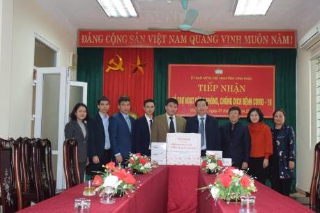 Dịch COVID-19: Honda Việt Nam hỗ trợ tỉnh Vĩnh Phúc các thiết bị y tế