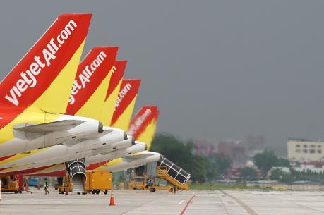 Vé máy bay Vietjet và Vietnam Airlines áp dụng khuyến mại chưa từng có