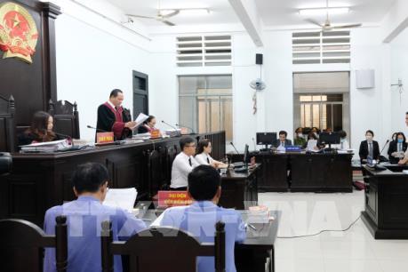 """Y án sơ thẩm tuyên phạt tội """"trốn thuế"""" đối với vợ chồng ông Trần Vũ Hải"""