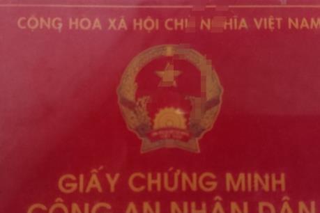 TP HCM điều tra đường dây làm giả thẻ ngành Công an nhân dân