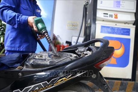 Xử lý hành vi gian lận thương mại trong lĩnh vực xăng dầu, dầu khí và khí