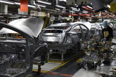 Nhật Bản: Toyota giảm mạnh lượng xe sản xuất ở trong nước