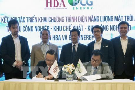 Hơn 1.000 doanh nghiệp khu công nghiệp Tp. Hồ Chí Minh phát triển điện mặt trời áp mái