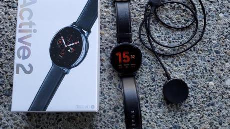 Samsung công bố hai mẫu đồng hồ thông minh mới