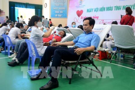 Hàng nghìn công nhân ở Đà Nẵng tham gia hiến máu tình nguyện