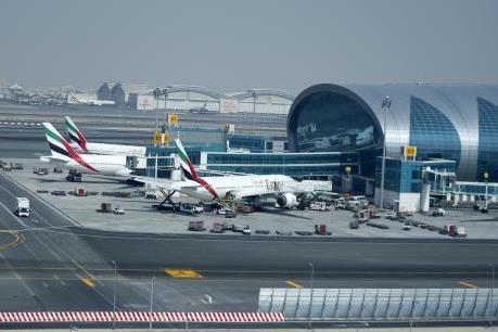 Hàng không Trung Đông thiệt hại 100 triệu USD do dịch COVID-19