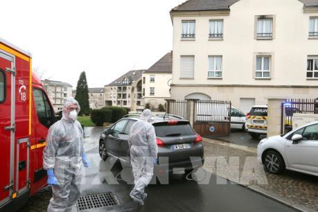 Dịch COVID-19: Pháp ghi nhận số ca tử vong tăng mạnh nhất trong một ngày