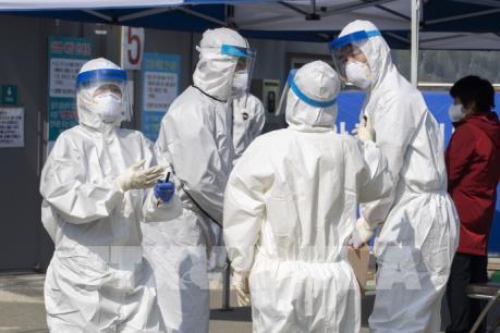 Hàn Quốc ghi nhận 293 ca nhiễm virus SARS-CoV-2 mới