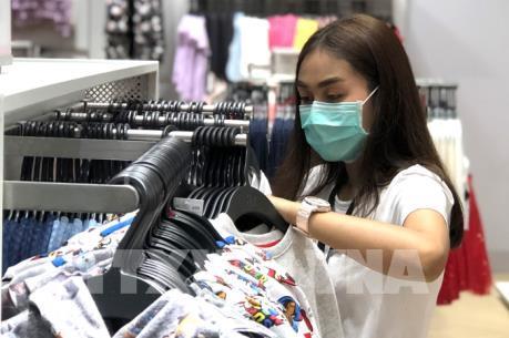 Chính phủ Thái Lan nắm quyền kiểm soát hoạt động sản xuất khẩu trang