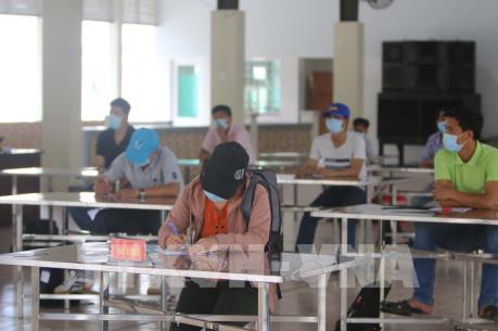Từ ngày 5/3 thực hiện khai báo y tế với hành khách nhập cảnh từ Campuchia