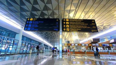 """Ngành hàng không Indonesia """"liêu xiêu"""" vì dịch COVID-19"""