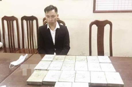 Công an Hà Nội bắt vụ vận chuyển 20 bánh heroin
