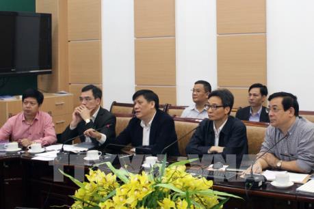 Phó Thủ tướng kiểm tra Trung tâm hỗ trợ chuyên môn, chẩn đoán, điều trị COVID-19