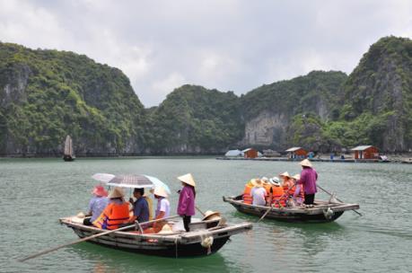 Lịch trình 4 du khách nước ngoài nhiễm COVID-19 tại Quảng Ninh