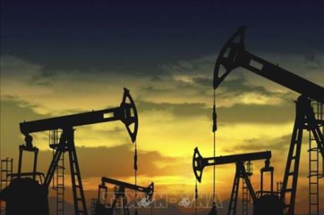 Giá dầu châu Á nới rộng đà tăng trong phiên ngày 5/5