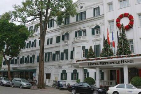 Rà soát lại khách lưu trú, phun khử khuẩn tại Khách sạn Sofitel Legend Metropole Hà Nội