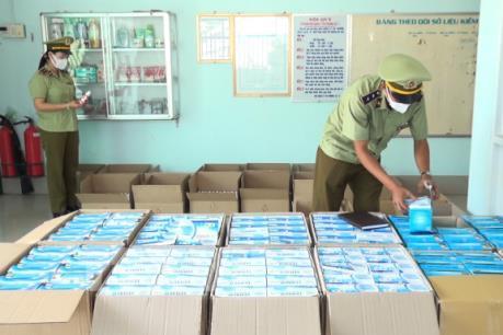 An Giang lại phát hiện lượng lớn khẩu trang y tế xuất lậu sang Campuchia