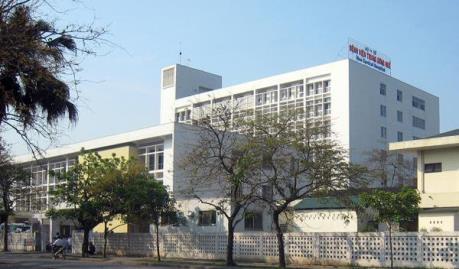 Chuyển bệnh nhân thứ 31 đến Bệnh viện Trung ương Huế để điều trị