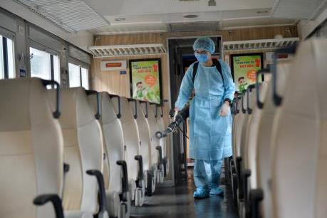 Cách ly hơn 60 nhân viên đường sắt tiếp xúc với hành khách từng bay chuyến VN0054