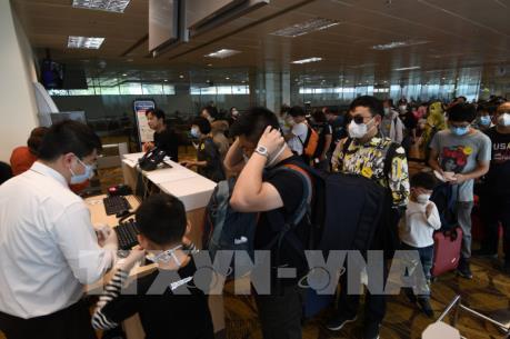 Đại sứ quán Việt Nam tại Singapore hỗ trợ 35 công dân bị mắc kẹt tại sân bay Changi