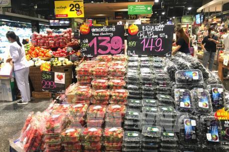 Xuất khẩu trái cây của Thái Lan gặp khó do dịch COVID-19