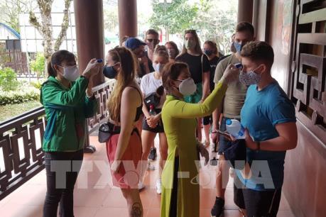 Dịch COVID-19: Việt Nam có đủ năng lực kiểm soát dịch bệnh