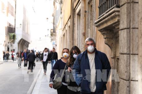 Dịch COVID-19: Hơn 50% số người mắc bệnh tại Italy từ 60 tuổi trở lên