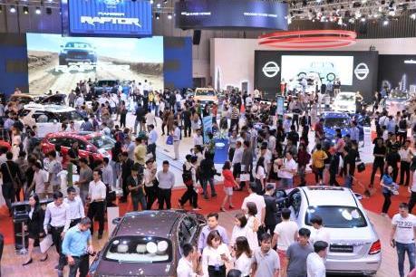 Mạnh tay kích cầu, doanh số bán xe ô tô tháng 2 tăng 11%