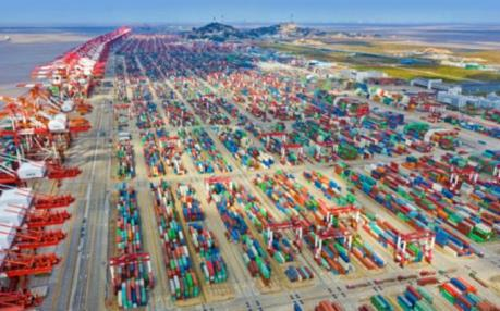 Gián đoạn chuỗi cung ứng toàn cầu gây sức ép lên thương mại Trung Quốc