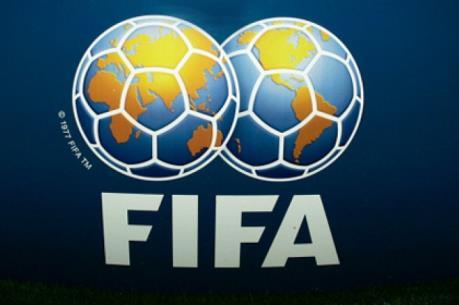 FIFA khuyến cáo hoãn các trận đấu do dịch COVID-19