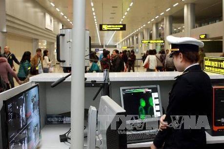 Việt Nam yêu cầu người nước ngoài thực hiện nghiêm việc đeo khẩu trang
