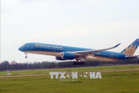 Dịch COVID-19: Vietnam Airlines vẫn vận chuyển khách từ châu Âu về
