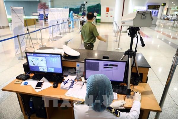 Bô Y tế yêu cầu hành khách 7 chuyến bay liên hệ để kiểm tra y tế