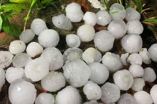 Mưa đá gây thiệt hại tại Bắc Kạn