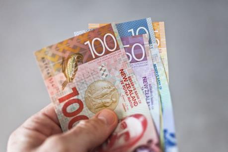 Dịch COVID-19: New Zealand đủ tiền mặt đáp ứng nhu cầu trong nước