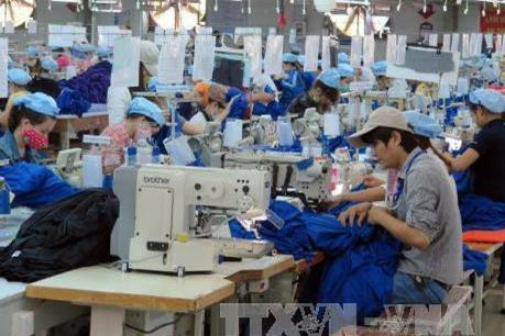 Dịch COVID-19: Tập trung tái cơ cấu các chuỗi liên kết cho sản xuất công nghiệp