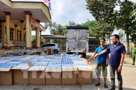 Công an Tây Ninh bắt giữ gần 300.000 khẩu trang y tế vận chuyển qua Campuchia