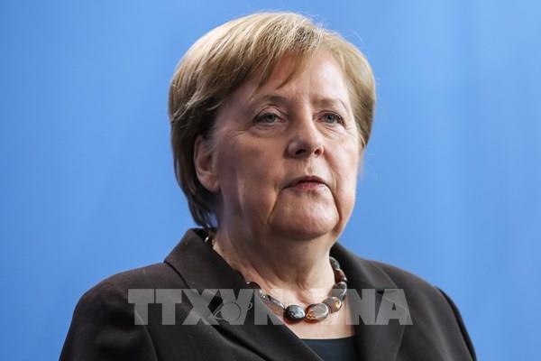 Dịch COVID-19: Thủ tướng Đức Angela Merkel phải tự cách ly ở nhà