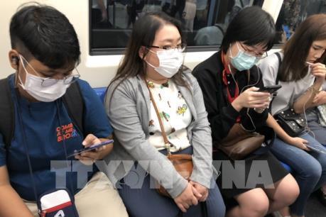 Doanh nghiệp Trung Quốc đẩy mạnh sản xuất vải làm khẩu trang y tế