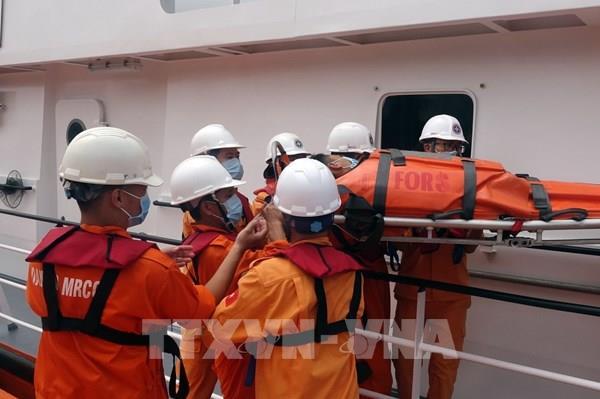 Cứu sống thuyền viên viêm ruột thừa cấp trên vùng biển phía nam Hoàng Sa