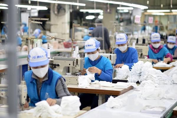 Dệt Kim Đông Xuân đặt mục tiêu sản xuất 60.000 chiếc khẩu trang/ngày