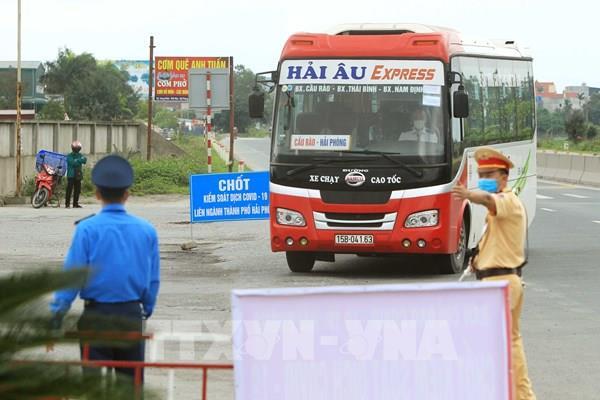 Tạm dừng cấp Giấy xác nhận và kiểm soát phương tiện vận tải hàng hóa ra vào Hải Phòng